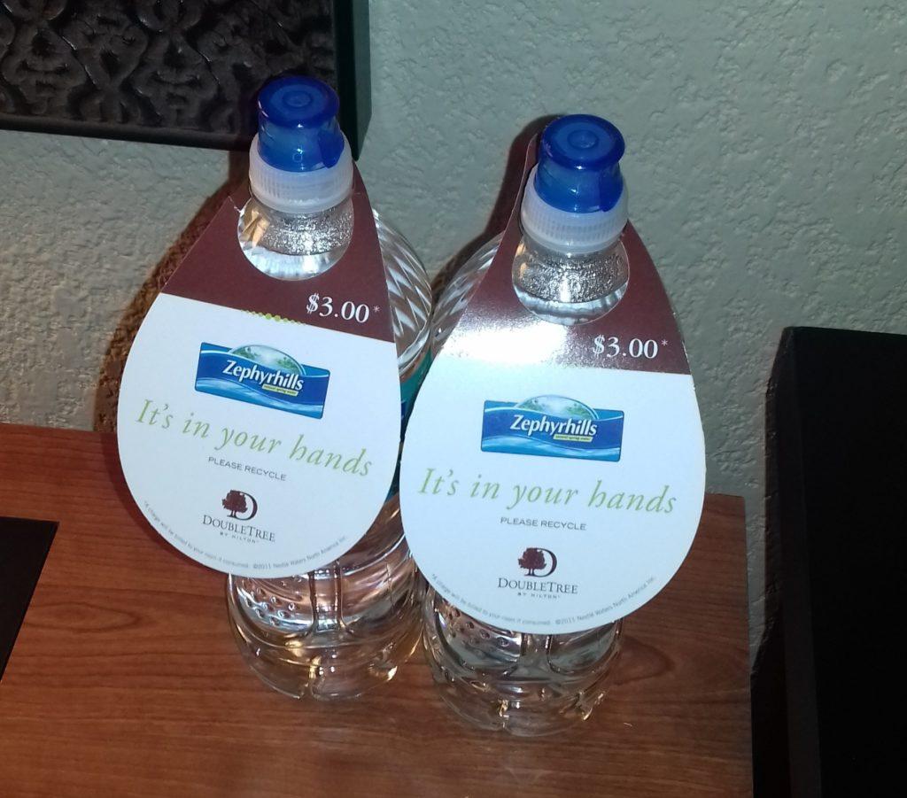 Вода за 200р/бутылочка