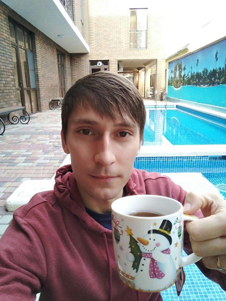 Тот самый земляк с Ижевска, у которого в гостинице подогреваемый басейн