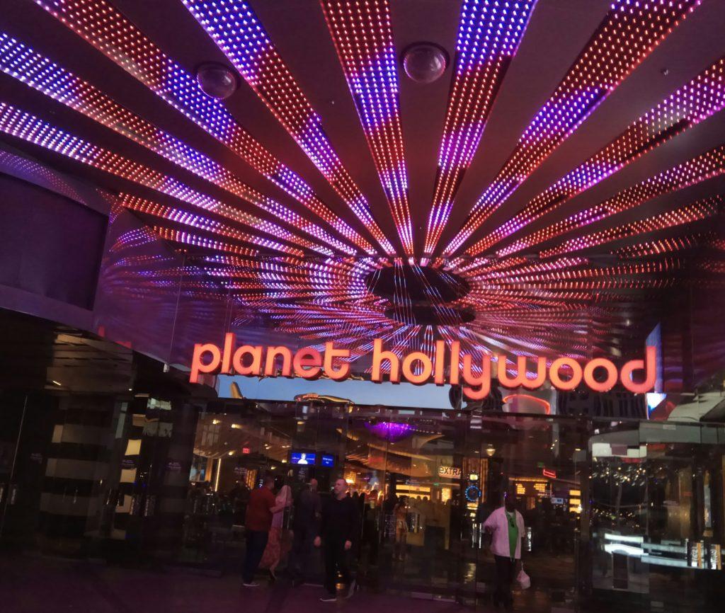 Планета Голивуд